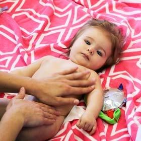 Thumbnail - Massage de bébé